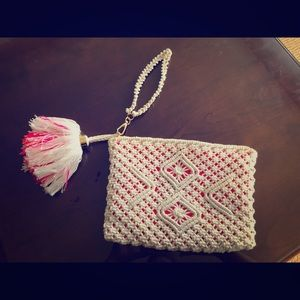 Lilly Pulitzer white crochet clutch with tassel!🌈